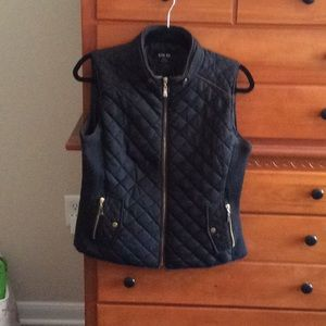 Puffy vest size M